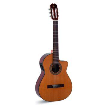 Guitarra Clásica Admira Malaga Electrificada Cutaway